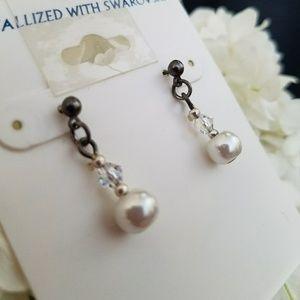 Jewelry - Pearl Dangled Ear Rings